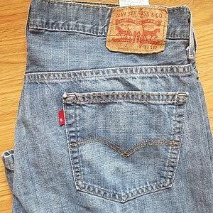 Levi's 565 jeans 36 x 32